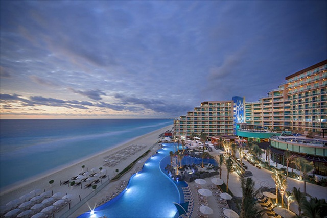 HARD ROCK HOTEL CANCUN
